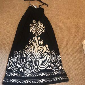 Dresses & Skirts - HOST PICK 5/5/18 Black maxi with white print